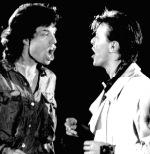 David Bowie junto a Mick Jagger - musicos