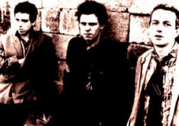 THE CLASH - punk band - musica - Mick Jones - Paul Simonon - Joe Strummer